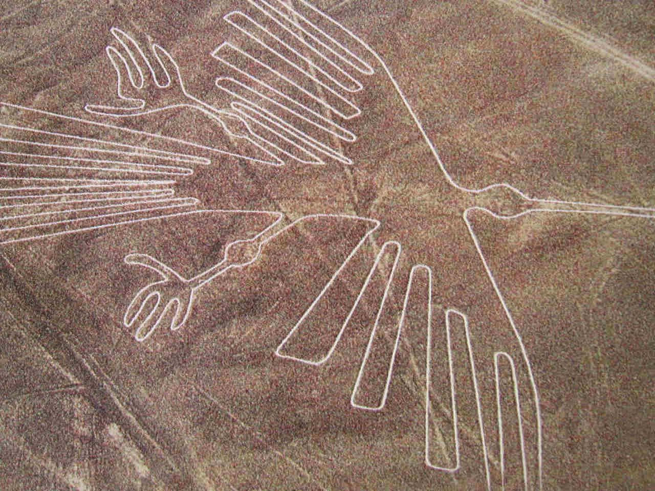 Nazca_Lines_Peru_Desert.jpg