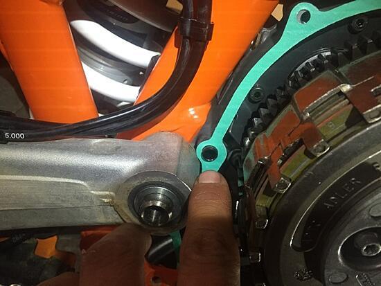 KTM 690 Enduro Clutch Cover Gasket