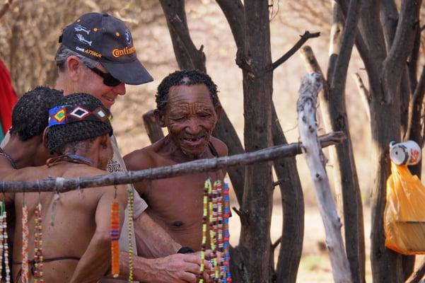 Culture-Bushmen-Crafts-Ghanzi-BWSS01.jpg