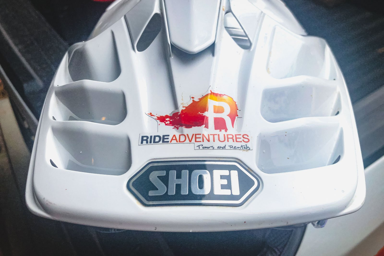 Shoei Hornet X2's vent system from the top angle