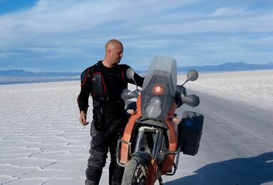 KTM 950 Adventure Bolivia Uyuni