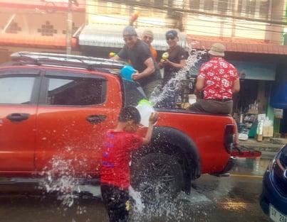 Songkran motorcycle Trip Thailand
