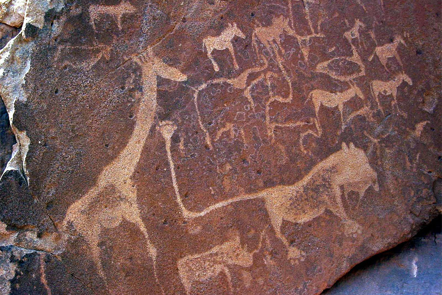 Twyfelfontein_Rock_Engravings-1.jpg