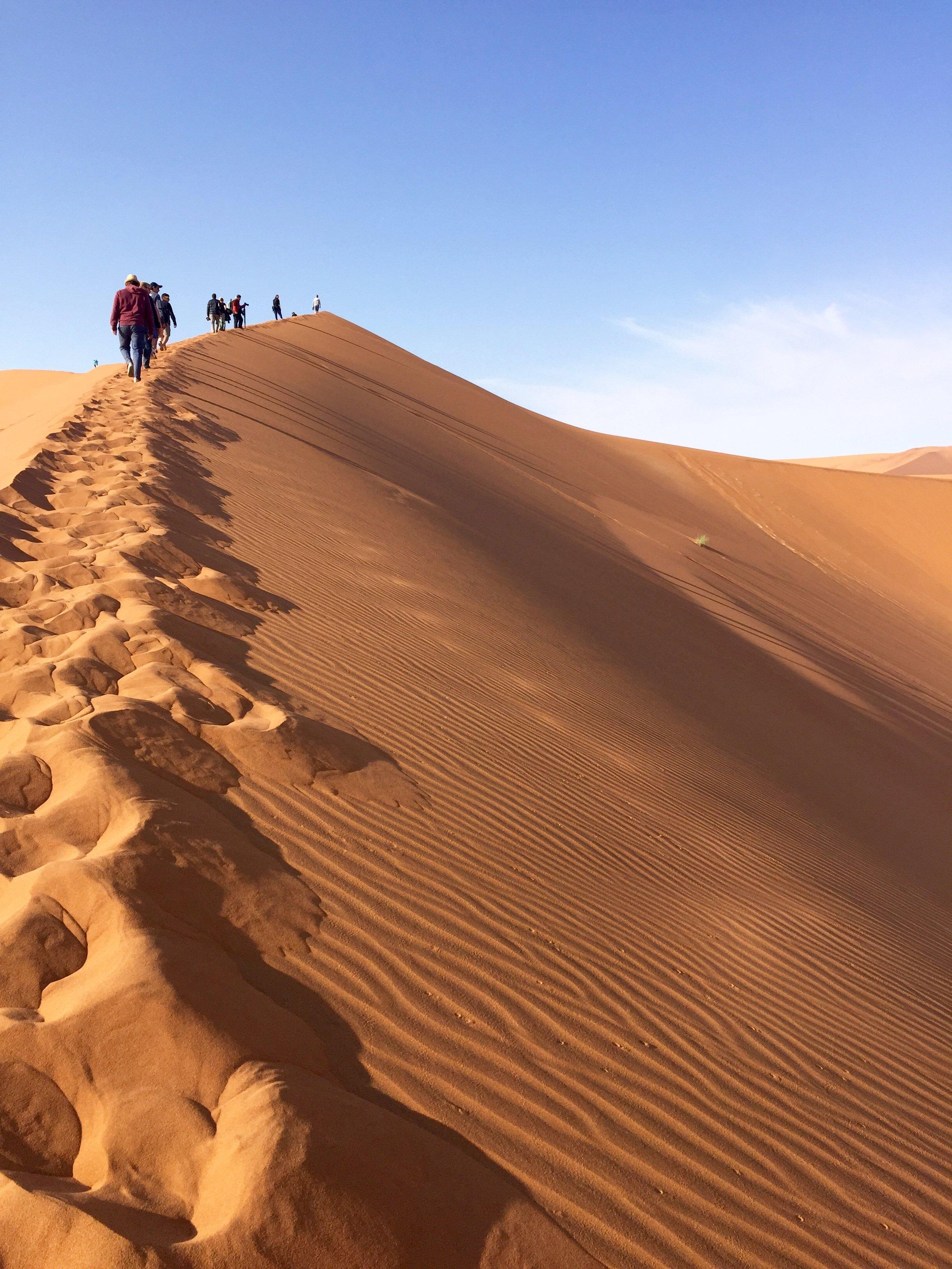 footprints_sossusvlei.jpg