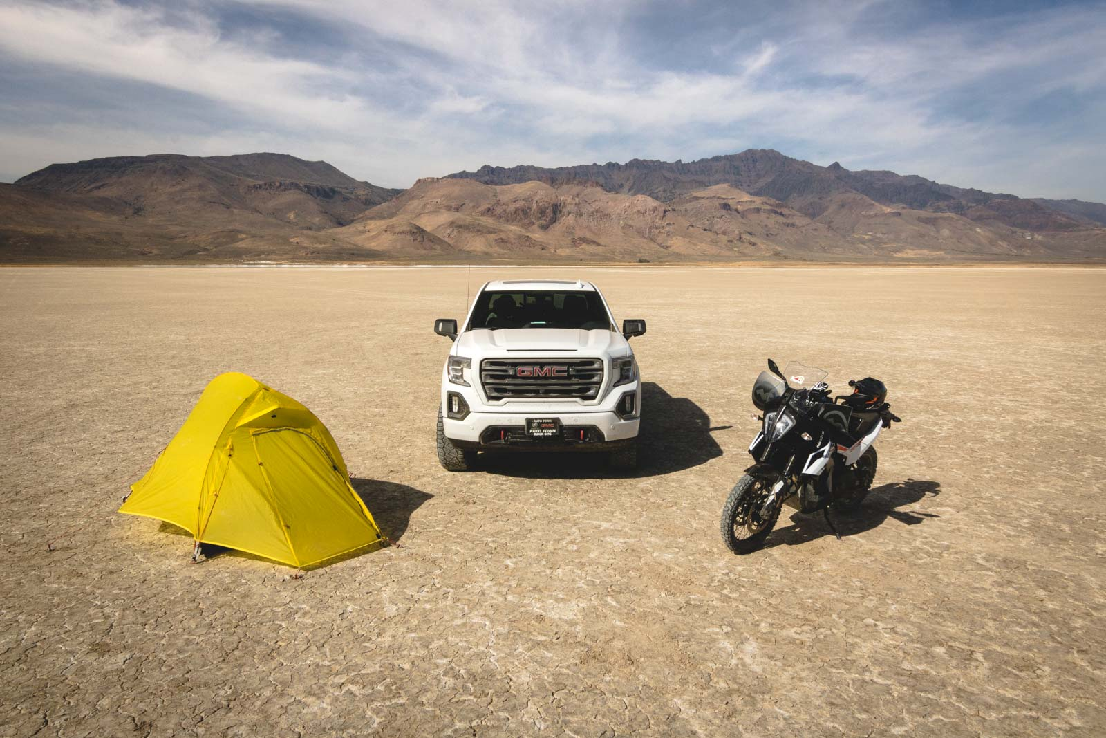 Camping out at  Alvord Desert with the new KTM 790 Adventure