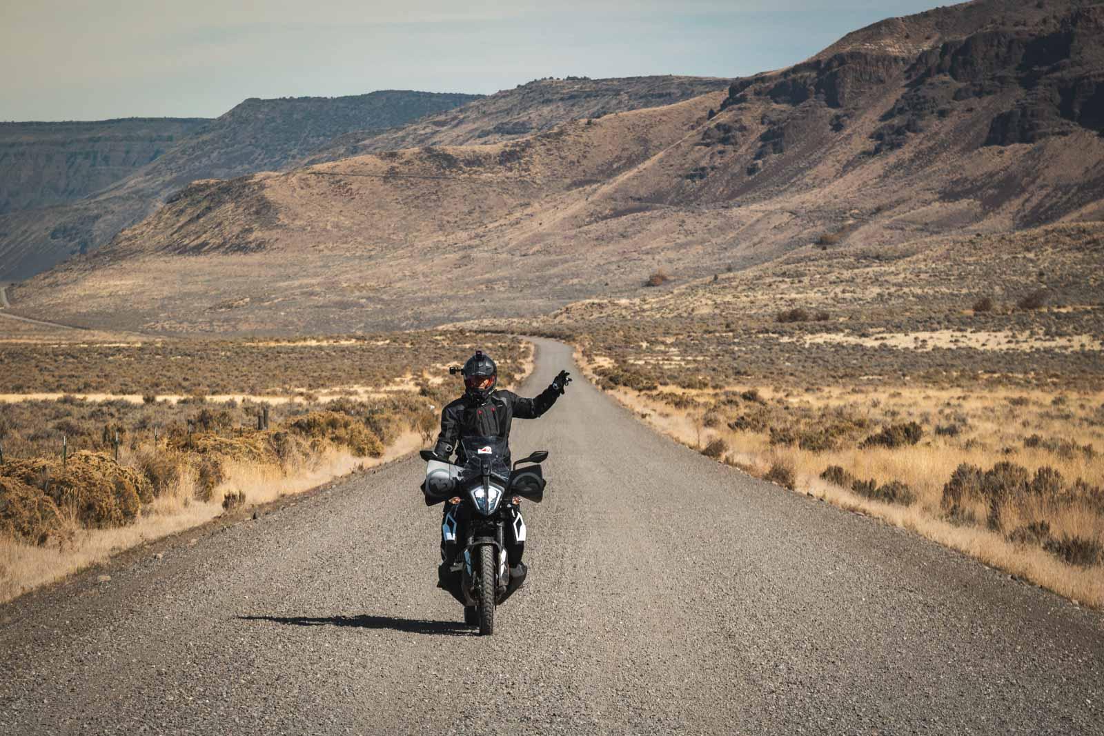 adventure_motorcycle_tour_oregon_steens