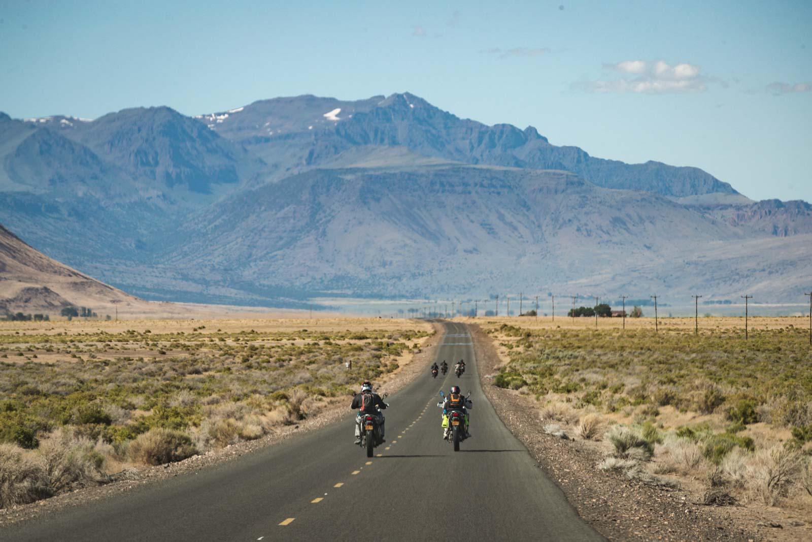 mountain-riding-adventure-motorcycle-tour-oregon